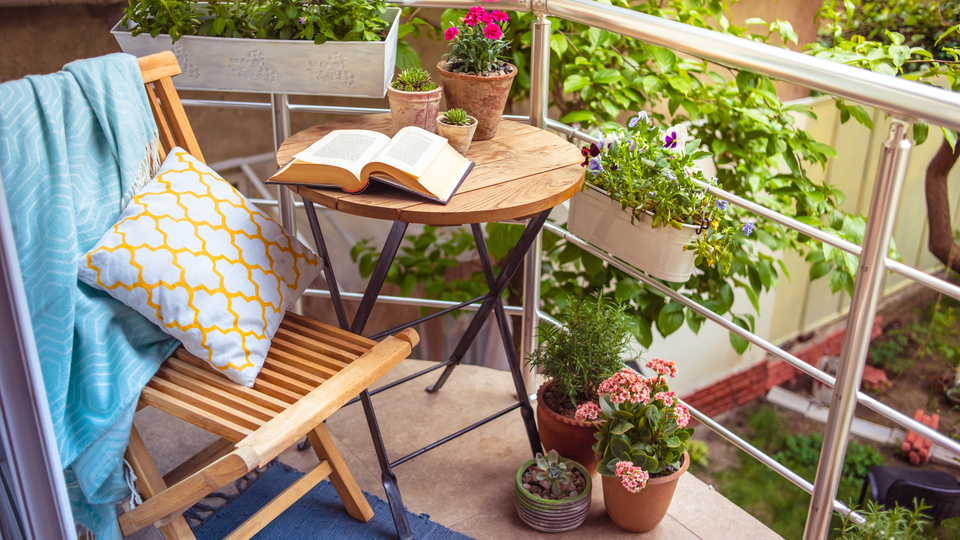 Photo of 17 must-have items for balcony reform | Comfortable and fashionable space even in a small space