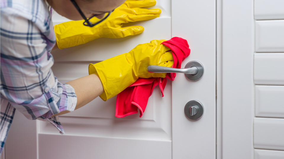 Photo of Let's clean the door today so we won't regret it later