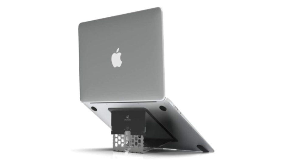 "Photo of A notebook PC stand that looks like a sticker that says ""the world's thinnest"" with a thickness of 1.7 mm"