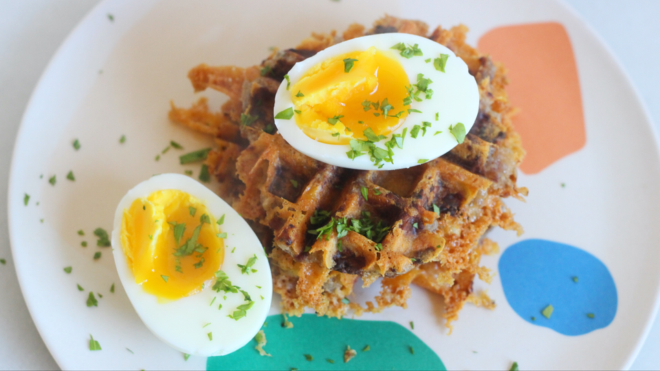Photo of For breakfast and snacks at 3 o'clock. How to make sausage balls with a waffle maker