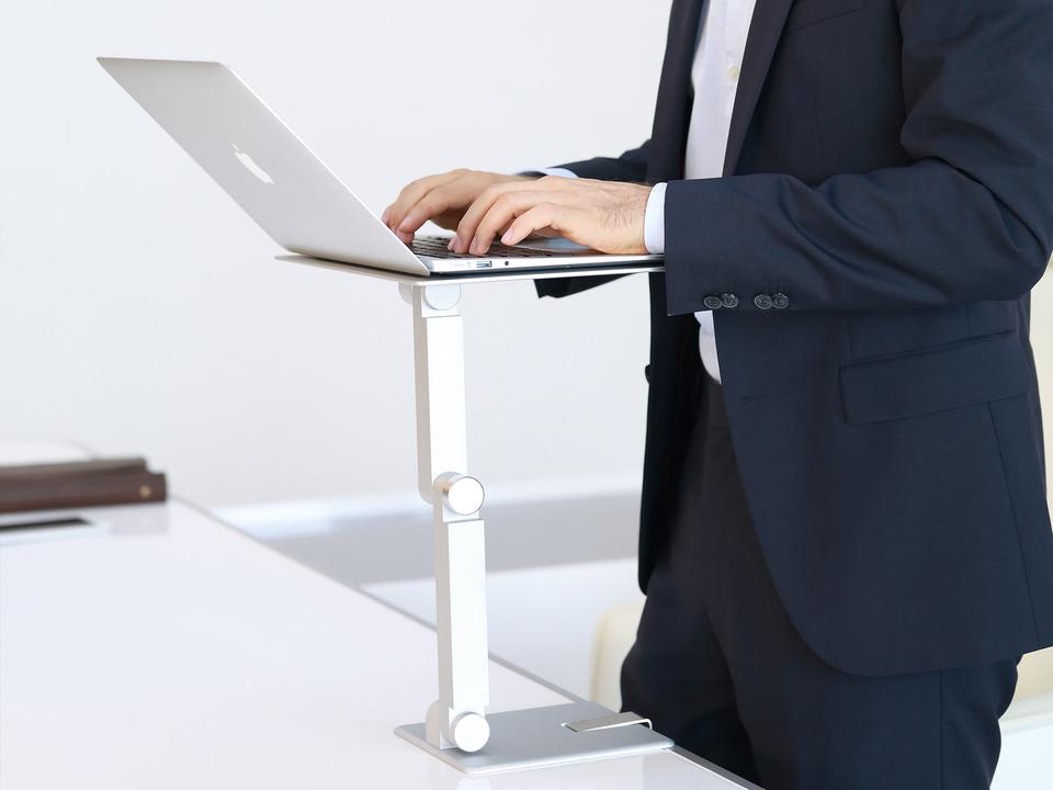 Standing-deskcopy