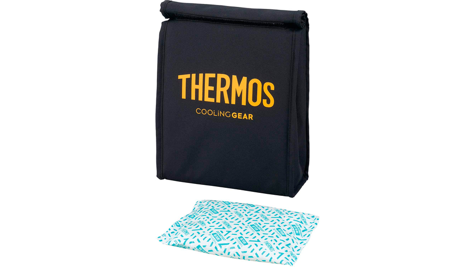 Photo of A sports cool bag for that thermos! Put cold towels and snacks to prevent daily heat