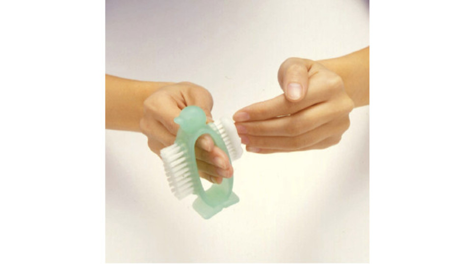 Photo of A hand-washing brush that allows you to wash your nails quickly and cleans your hands. It is self-supporting and easy to dry, so it can be used cleanly.