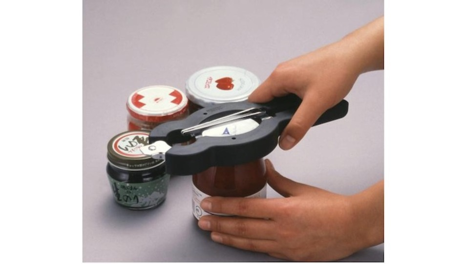 Photo of A sturdy opener that allows you to easily open both the tightly closed bottle lid and the thin cap