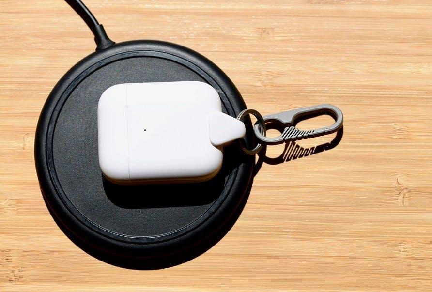 Jura_Anchor_Titanium_wireless_charging