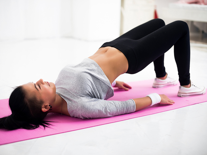 """Photo of """"Hip-up"""", a body-correction method to train your abdominal muscles, back muscles, and buttocks"""