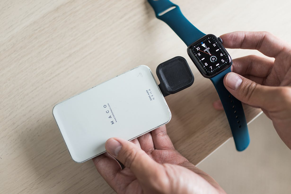 Maco_Go-charge_with_powerbank