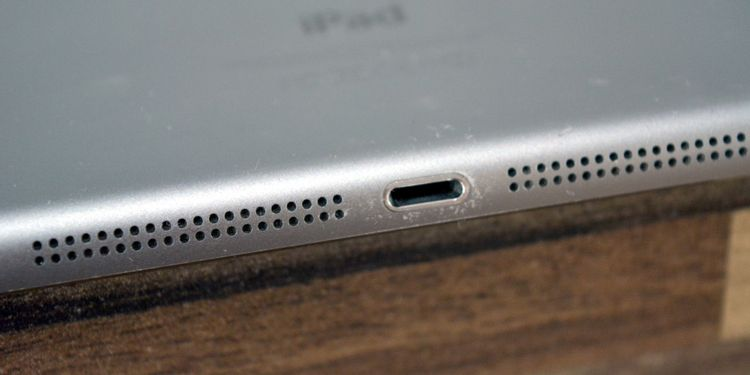 iPadの充電ケーブルのポート