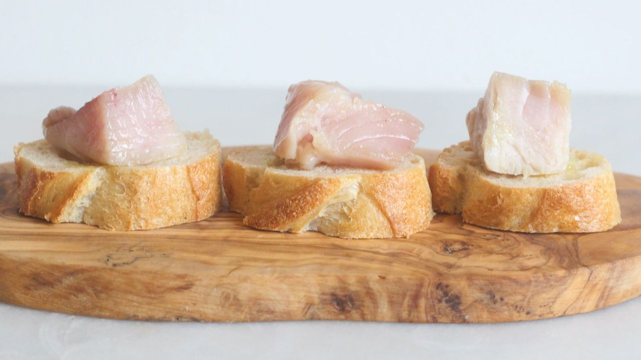 3つの温度で調理したマグロ