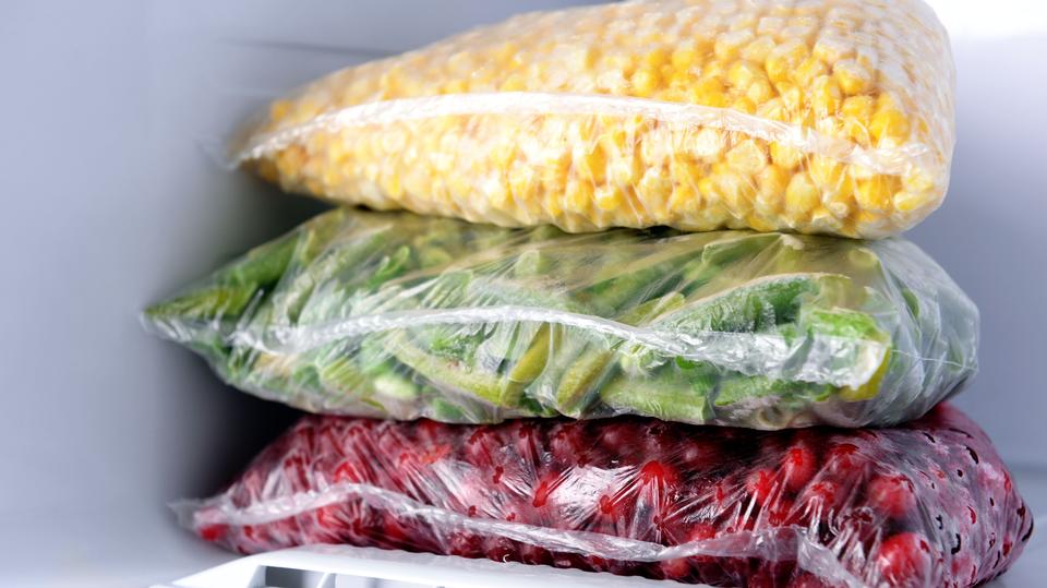 じつは栄養価は高い。冷凍の野菜や果物をおいしく食べる方法