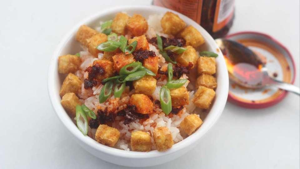 ノンフライヤーでヘルシー。サクサク食感の豆腐フライレシピ