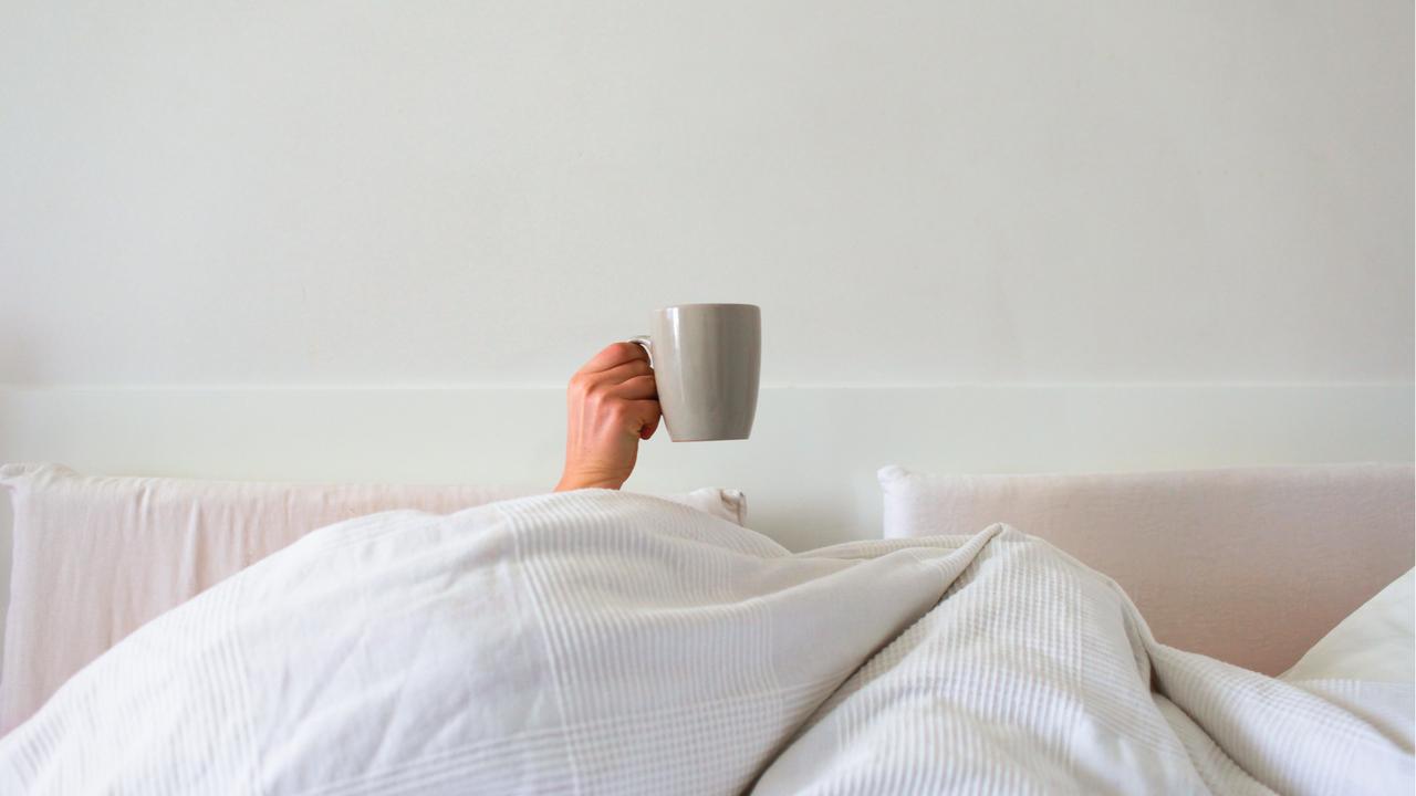 ベッドでコーヒー
