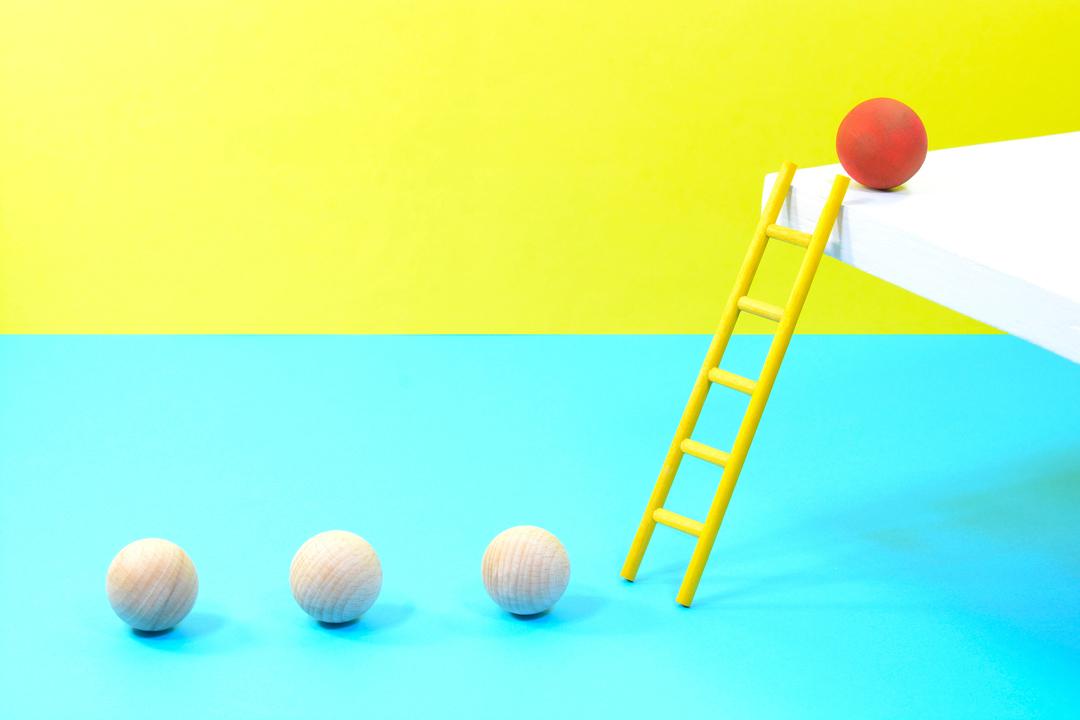 円球とはしご