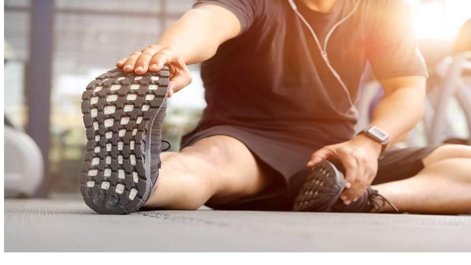 デスクワーカー必見。「筋膜リリース」で凝りや痛みを軽減