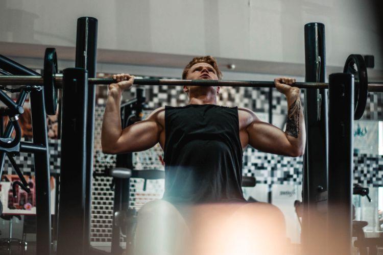 weightlifting-in-gym