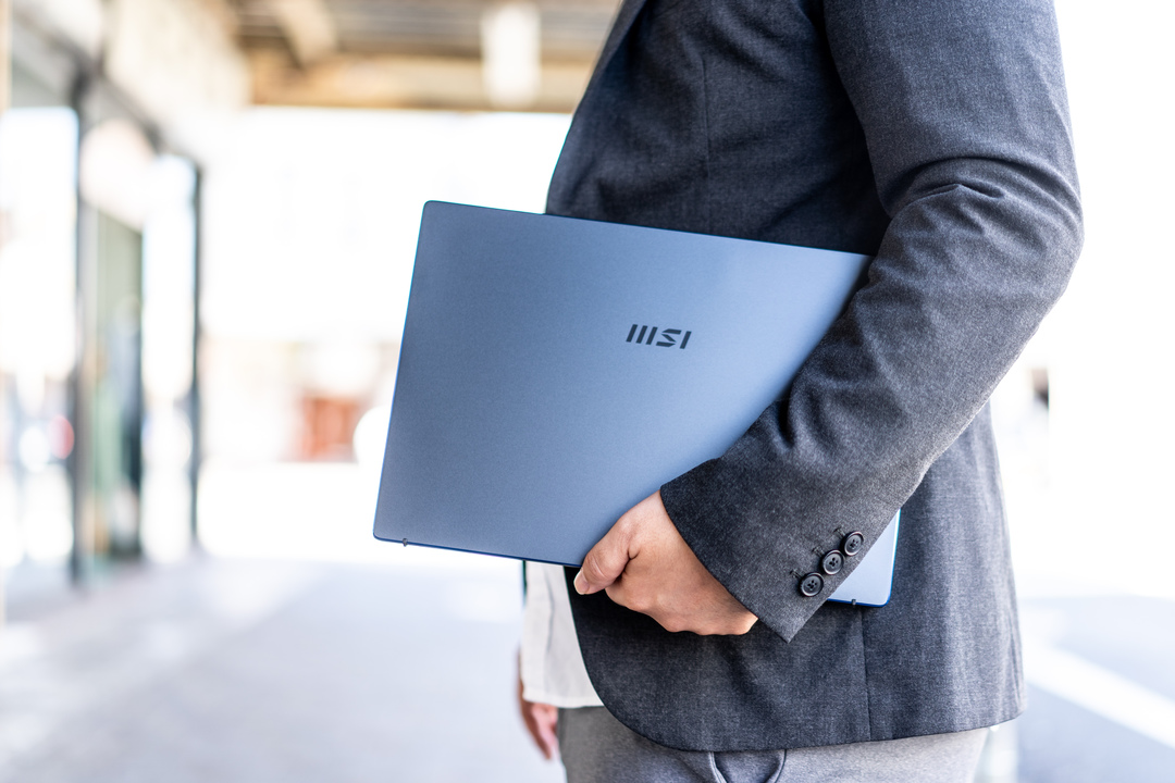 MSIのノートPC「Prestige 14 A11」
