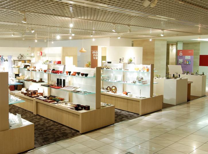 工芸品やアートなど「日本のモノづくり」を知って愉しむお店「monova」