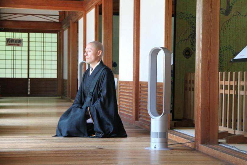 僧侶は暑さをどう乗り切る? 高野山・金剛峯寺で使っている意外なモノ