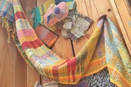見て触れて。モコモコ楽しい「さをり織り」