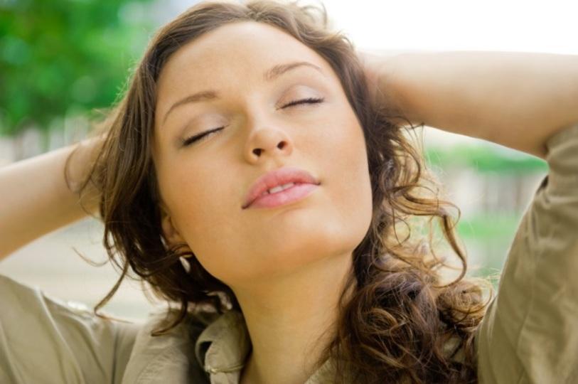 疲れやすいひとは酸欠状態かも?呼吸法を変える4つの方法