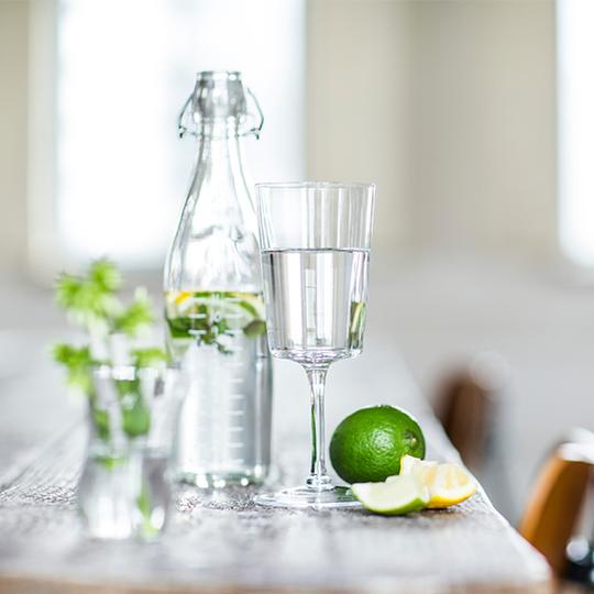 いつもの「水」を、もっと美味しく飲む方法