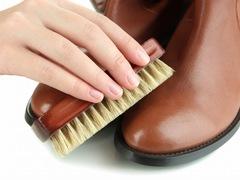 長く愛用するために、冬ブーツの正しいお手入れ収納のコツ