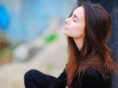 もっと気楽に。瞑想を「脳の定期メンテナンス」として取り入れよう