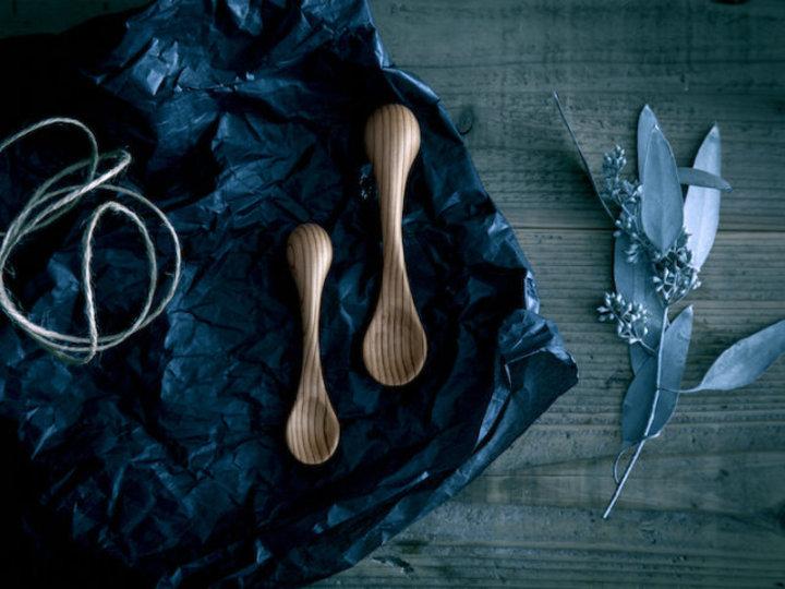 お箸の使い方が自然に身に付く、一緒に育てる木のスプーン