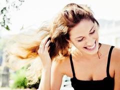 紫外線対策や保湿。ヘアケアできる進化系スタイリング剤の選び方