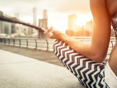 トレンドから習慣へ。ユニークで合理的なNYの瞑想スタイル