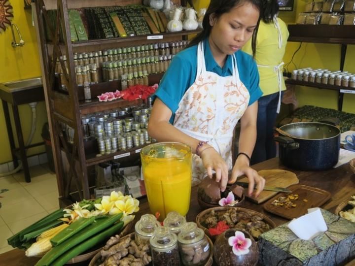 インドネシアの滋養強壮ドリンク「ジャムウ」で夏のからだをケア【My Ubud Life】