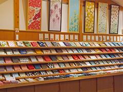 日本の文化、てぬぐいに触れる8月。「かまわぬ」30周年イベント