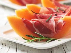 暑さを食でリフレッシュ! フランスの夏の家庭料理3選