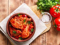 リコピンをたっぷり補給。トマトの作り置きレシピ3選