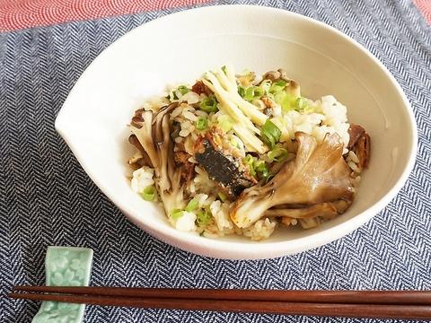 疲れにくく動ける体に。さんまと舞茸の混ぜるだけ秋の香味ご飯