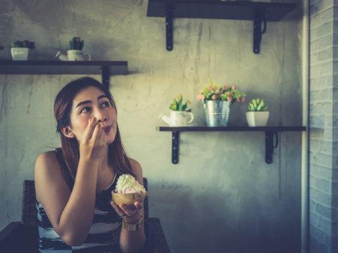 糖質を摂りすぎると、どうして眠りが浅くなるの?