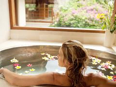 出たり入ったりでOK! 10分入浴で疲労回復する方法