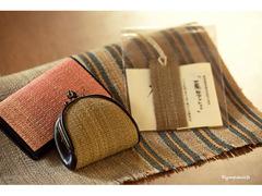 森の恵みと職人技が紡ぎ出す、アイヌの伝統織物「アットゥㇱ」