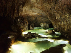 沖永良部島の洞窟探検ケービングで絶景に出会った!