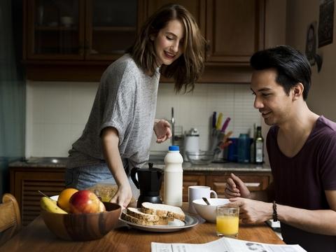 理想の朝食って何? 朝に食べるとよいもの、食べ過ぎに気をつけたいもの