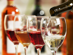 名ソムリエが教える、冷蔵庫を活用してワインをおいしく飲む方法