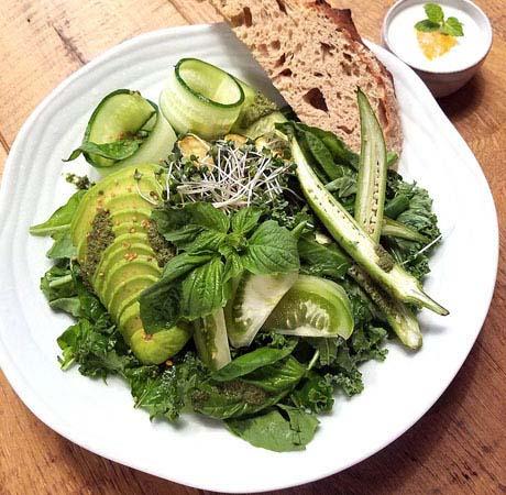 1710_salad_01.jpg