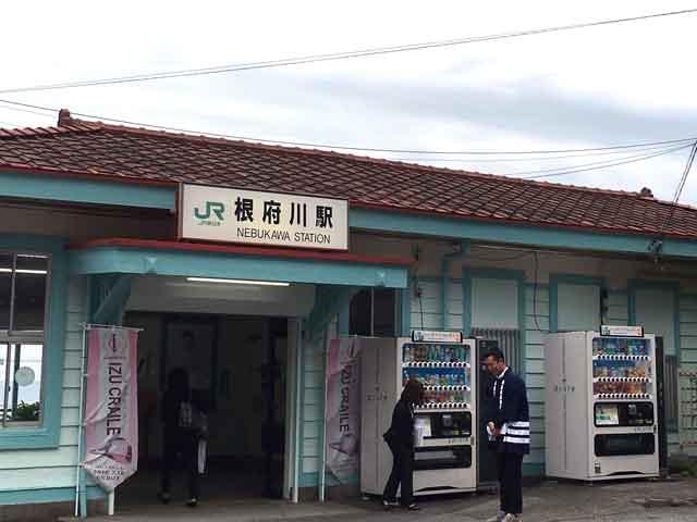 enoura_eki.jpg