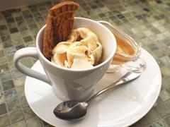 イタリアからやって来た縁起のいい伝統菓子。チャルダって知ってる?