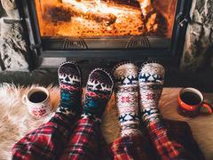 真冬の寒さも怖くない、足もとあったか靴下&グッズ10選