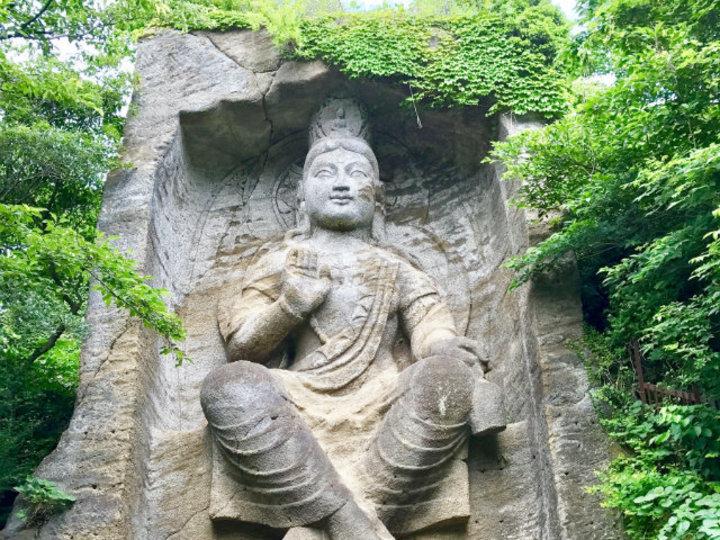 禅寺で聞く、正しい姿勢と呼吸の持つ力