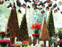 本場の居心地良い空間を楽しむ。ヒュッゲなクリスマスツリー作りのワークショップ
