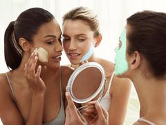潤肌、澄肌、柔肌......なりたい肌へ導くクラランスのフェイスマスク