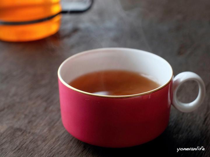 特異な土地で育まれた、花のように香り高い「みやざき有機紅茶」