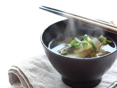 お刺身を味噌汁に!? オメガ3を手軽に摂る意外な方法 #ポジティブ栄養学